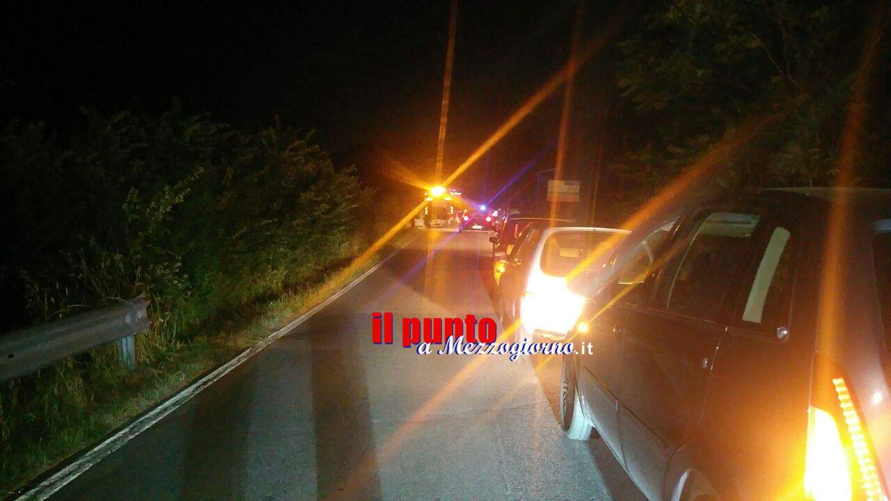 Auto in fiamme a Cassino, paura in via Appia