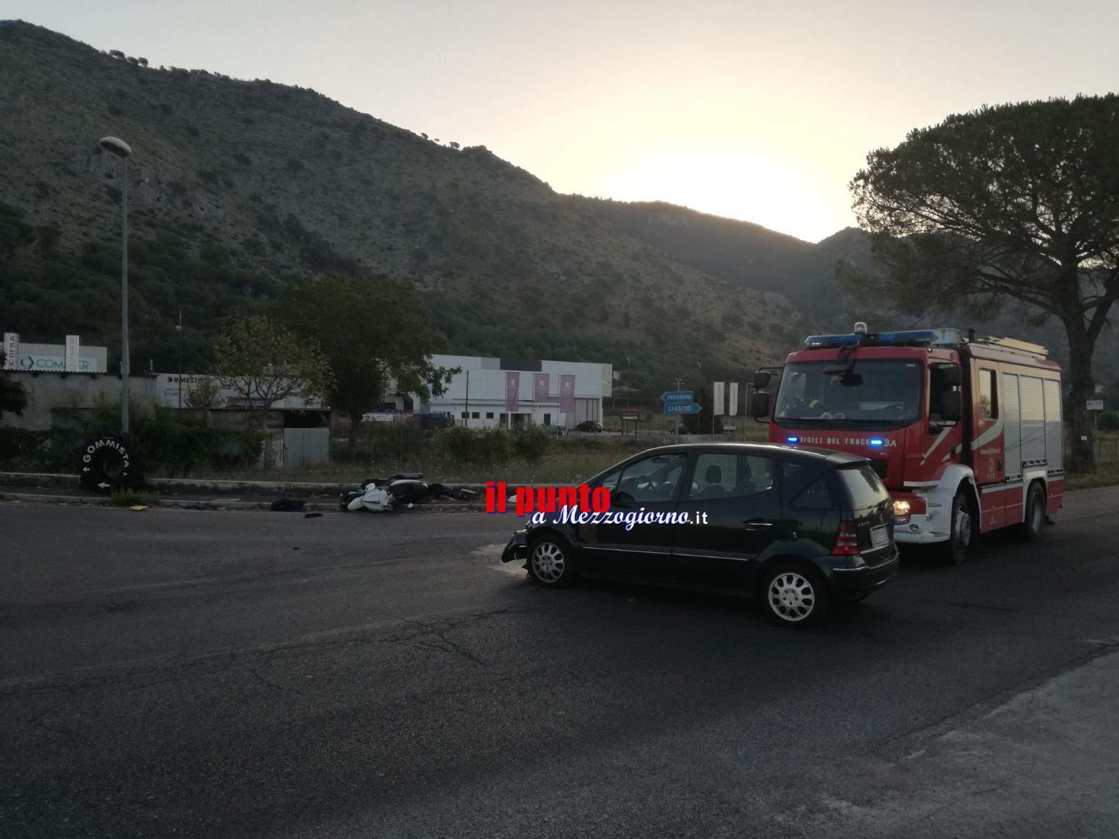 Villa Santa Lucia: Incidente tra auto e scooter. Un ferito non grave