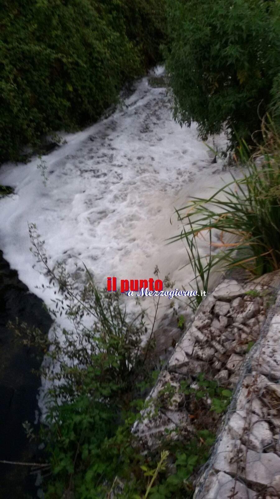 Torna la schiuma sul Rio Pioppeto a Cassino, allarme inquinamento