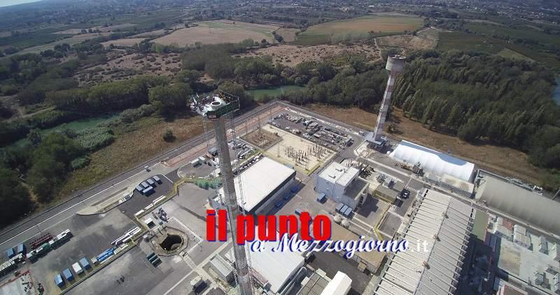 Iniziati i lavori di demolizione del camino della centrale nucleare del Garigliano