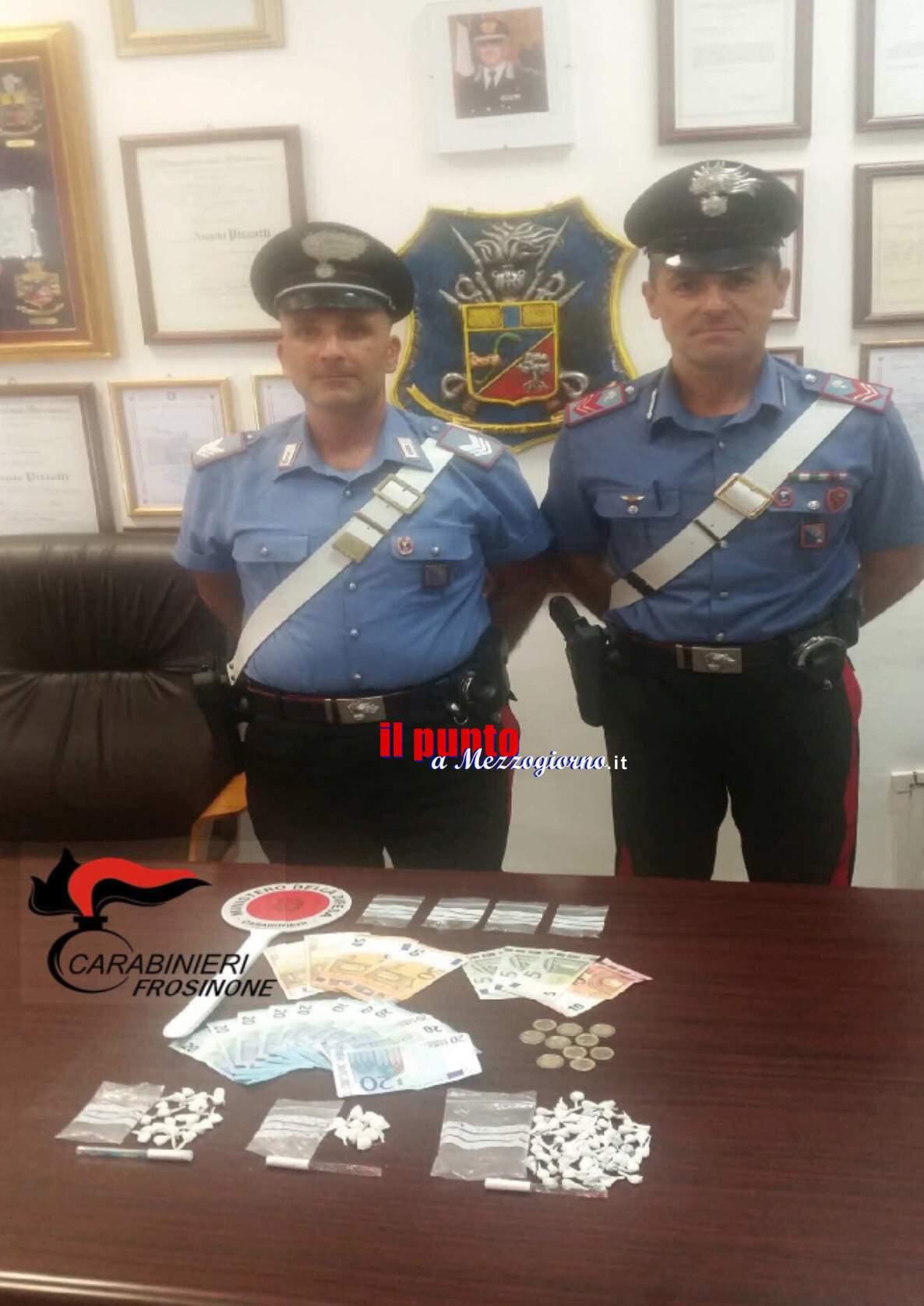 Sorpreso con 100 dosi tra cocaina e hashish, arrestato 21enne