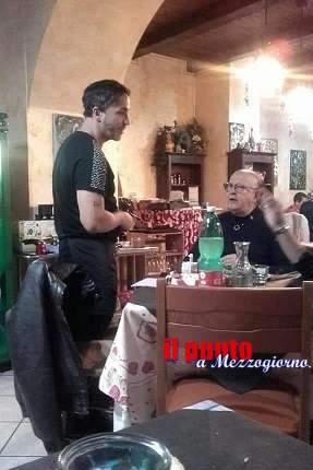 """Massimo Boldi si ferma a """"La  Cantina"""". Ospite di Leonardo e Carolina"""