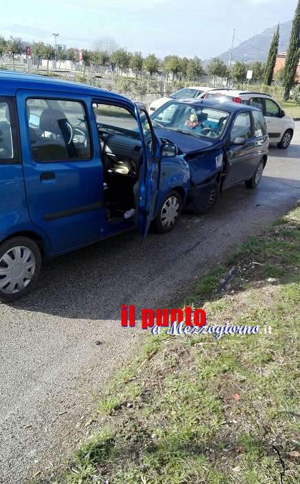 Cassino, grave incidente in via Casilina sud alla rotatoria del C. C. Panorama
