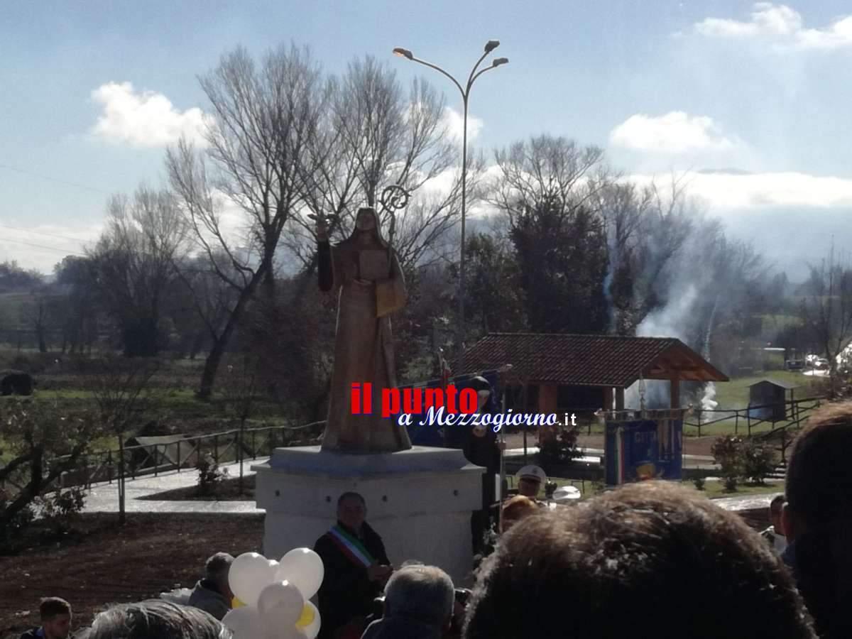 Presentata la Statua di Santa Scolastica a Piumarola. Tanta emozione e devozione