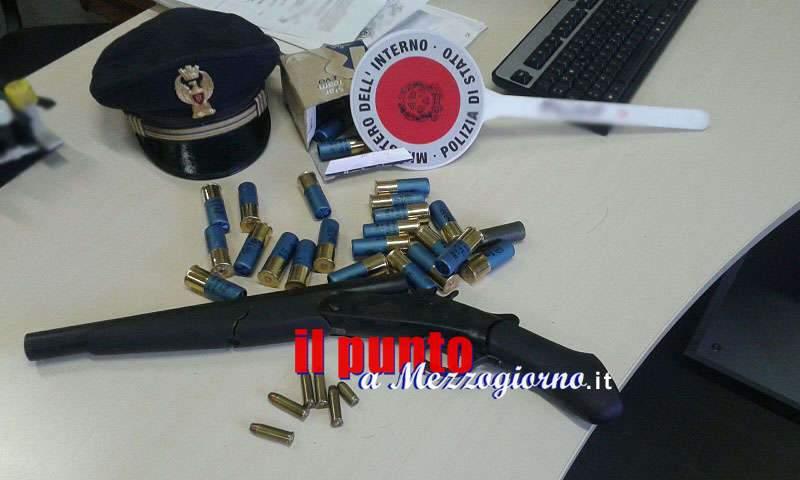 Deteneva un fucile a canne mozze, 40enne in manette