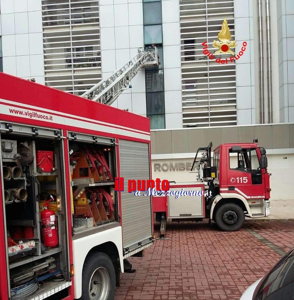 Fiamme in appartamento a Latina, l'intervento dei pompieri evita il peggio