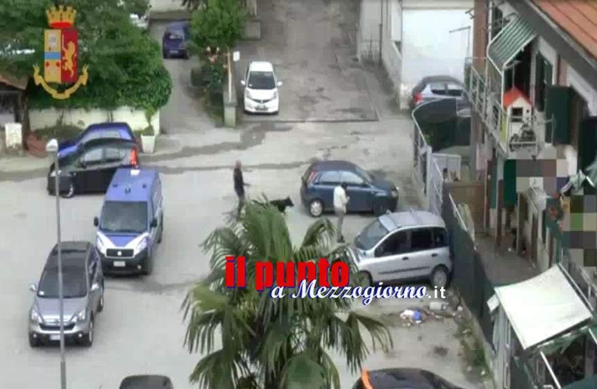 VIDEO – Frosinone, centro di spaccio a due passi dalla scuola: due arresti e una denuncia