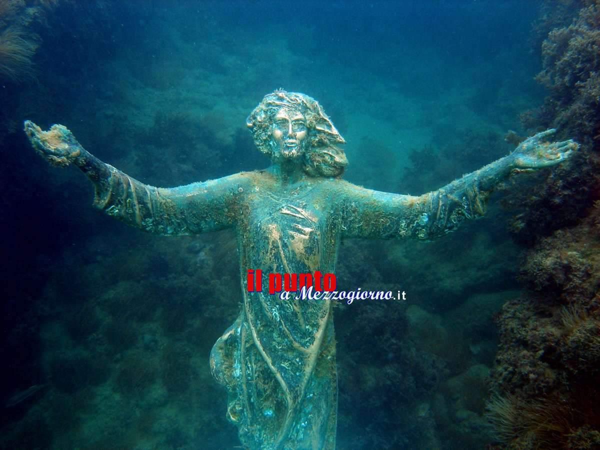 Rubata statua del Cristo degli Abissi a Rocca San Giovanni