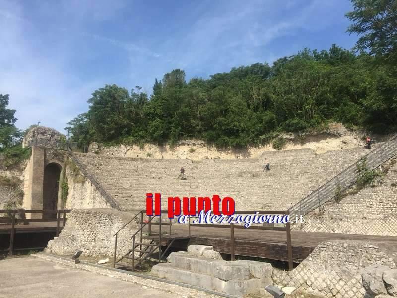 Lavori di manutenzione al Teatro Romano e alla bretella su via Casilina sud