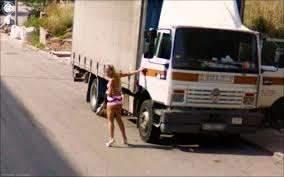 Autotrasportatore frusinate arrestato,fa sesso con una prostituta la paga, ma poi rivuole i soldi 'non mi è piaciuto' e la minaccia con un coltello