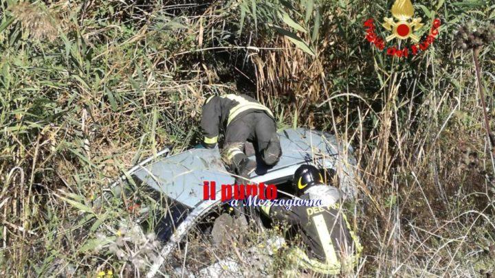 Incidente stradale a Terracina, auto esce di strada e finisce nel canale