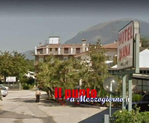 Assalto all'hotel Diana di Cassino, il portiere respinge due rapinatori
