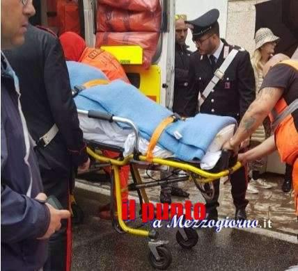 Bimbo piange talmente forte che gli si blocca il respiro, salvato dall'intervento di un carabiniere