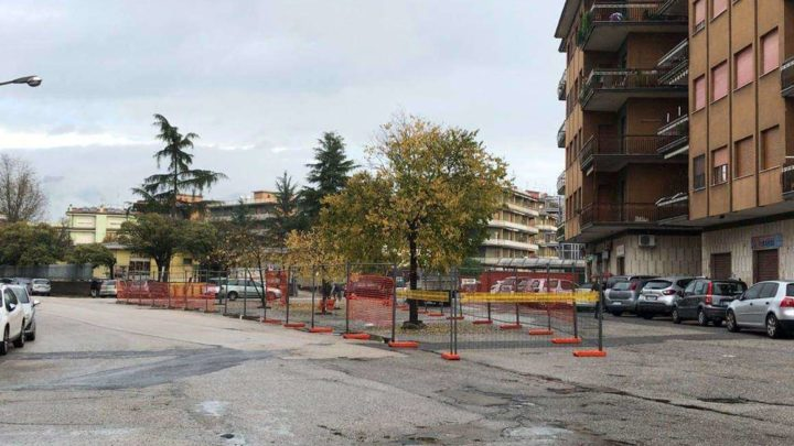 """Via Zamosch, nuova area verde davanti la scuola, nascerà """"Il giardino dei sorrisi"""""""