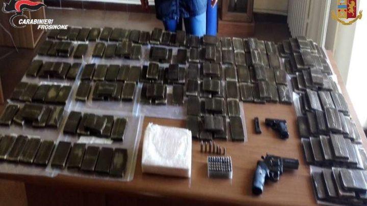 Fiumi di droga solcavano Cassino, dodici arresti nell'operazione Colombiano