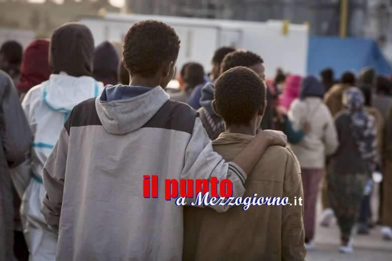 """Operazione Welcome to Italy a Cassino, quando """"l'uomo nero"""" non è lo straniero"""