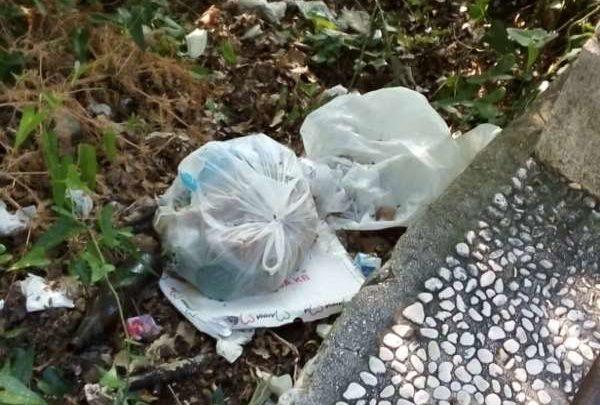 Immondizie e profilattici usati sulla strada per Montecassino