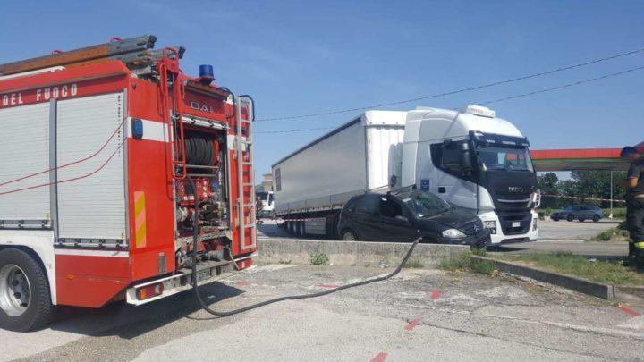 San Vittore del Lazio, incidente sul raccordo che porta al casello della A1