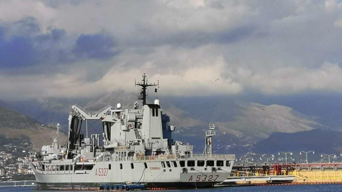 La Nave Stromboli salutata da istituzioni e vertici delle Forze dell'Ordine