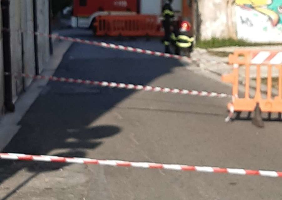 Fuga di gas in centro a Pontecorvo, evacuato il Comune e il liceo