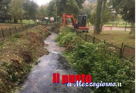 """Ripuliti gli argini del fiume Gari a Cassino, sindaco e assessore: """"Livello acqua già calato di mezzo metro"""""""