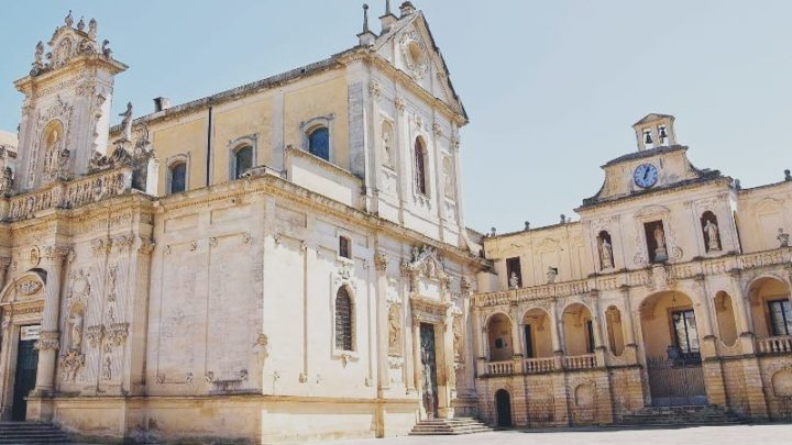 Lecce, Coronavirus. Sospensione delle attività pastorali e liturgiche nel Decreto Arcivescovile