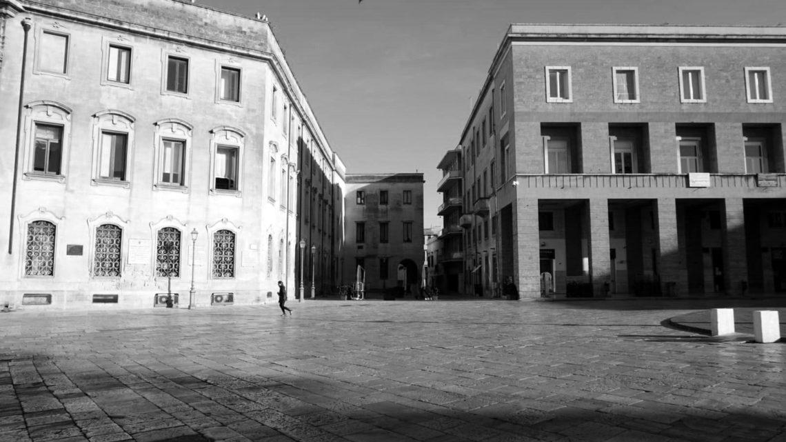 CORONAVIRUS LECCE. La fotografia urbana nel silenzio della pandemia