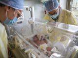 Bimbo nasce da mamma positiva a Coronavirus a Roma, sta bene