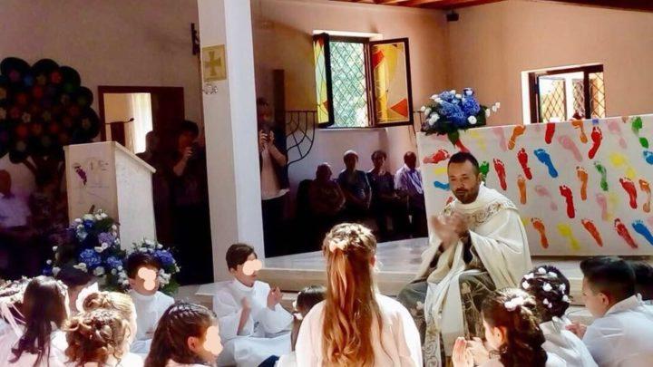 La religione al tempo del Coronavirus, a Velletri messe in diretta facebook e processioni solitarie