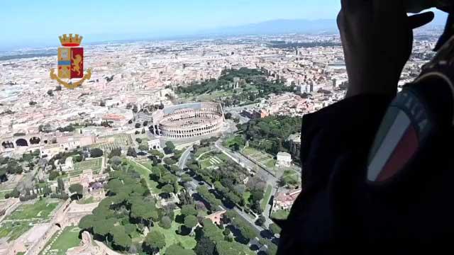 Roma deserta per il coronavirus, le immagini riprese dall'elicottero della polizia