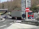 Fermato in autostrada su un'auto rubata, denunciato dalla Polizia Stradale di Cassino