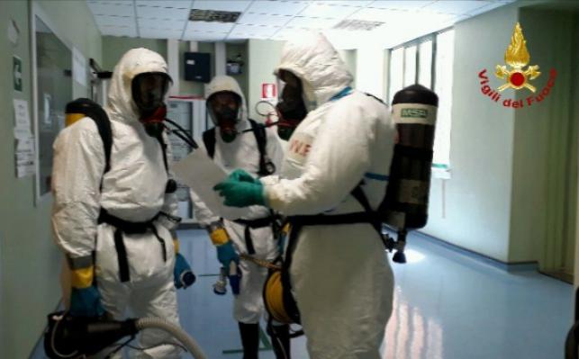 Presunta contaminazione da Covid-19 all'ospedale di Alatri, i Vigili del Fuoco sanificano due aree dell'ospedale