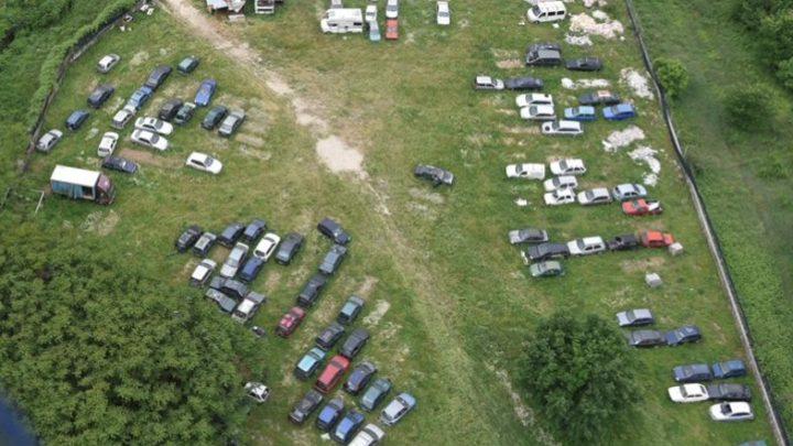 Frosinone – Con l'elicottero finanzieri scoprono terreno adibito a deposito abusivo