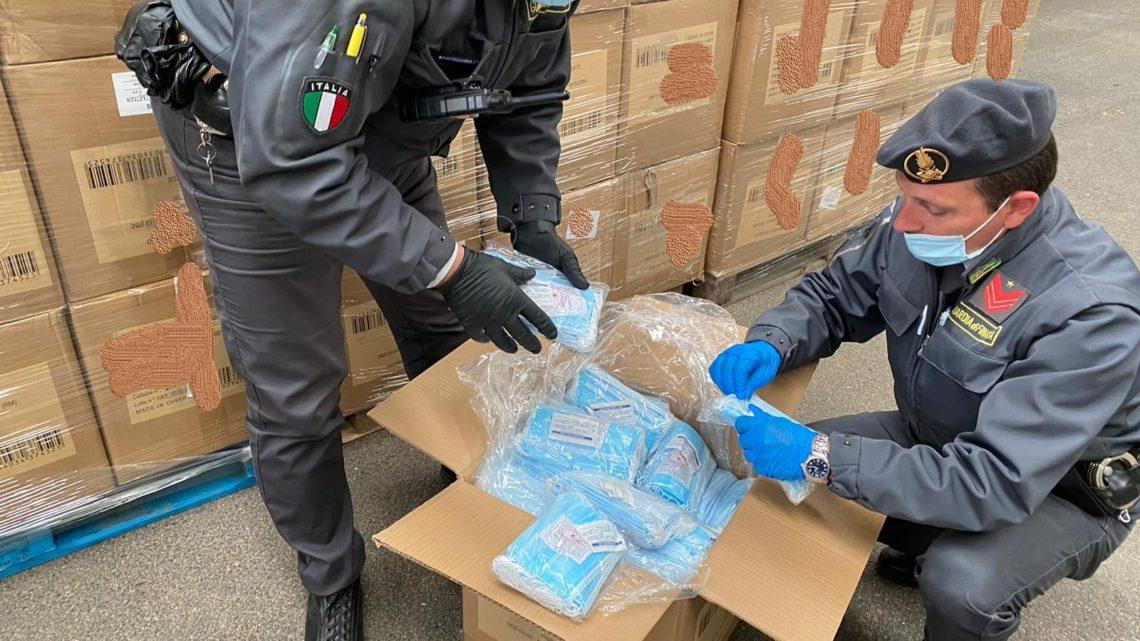 Sequestrato a Cassino oltre un milione di mascherine contraffatte. Denunciate 3 persone