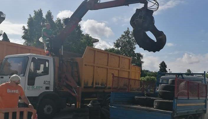 Cassino successo dell'iniziativa dei consiglieri Demos, recuperati quintali di pneumatici sparsi sul territorio
