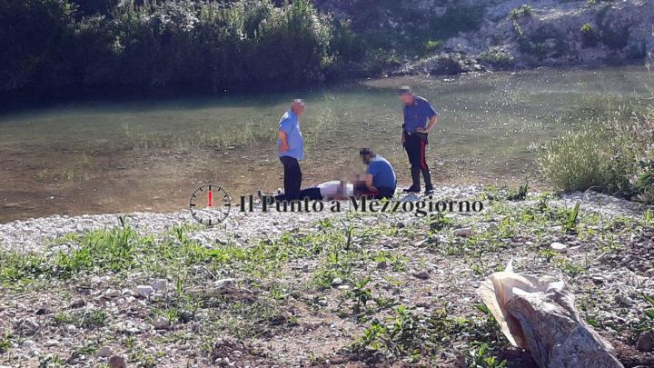 Si sente male e cade nel fiume, carabinieri salvano 64enne a Sant'Elia Fiumerapido