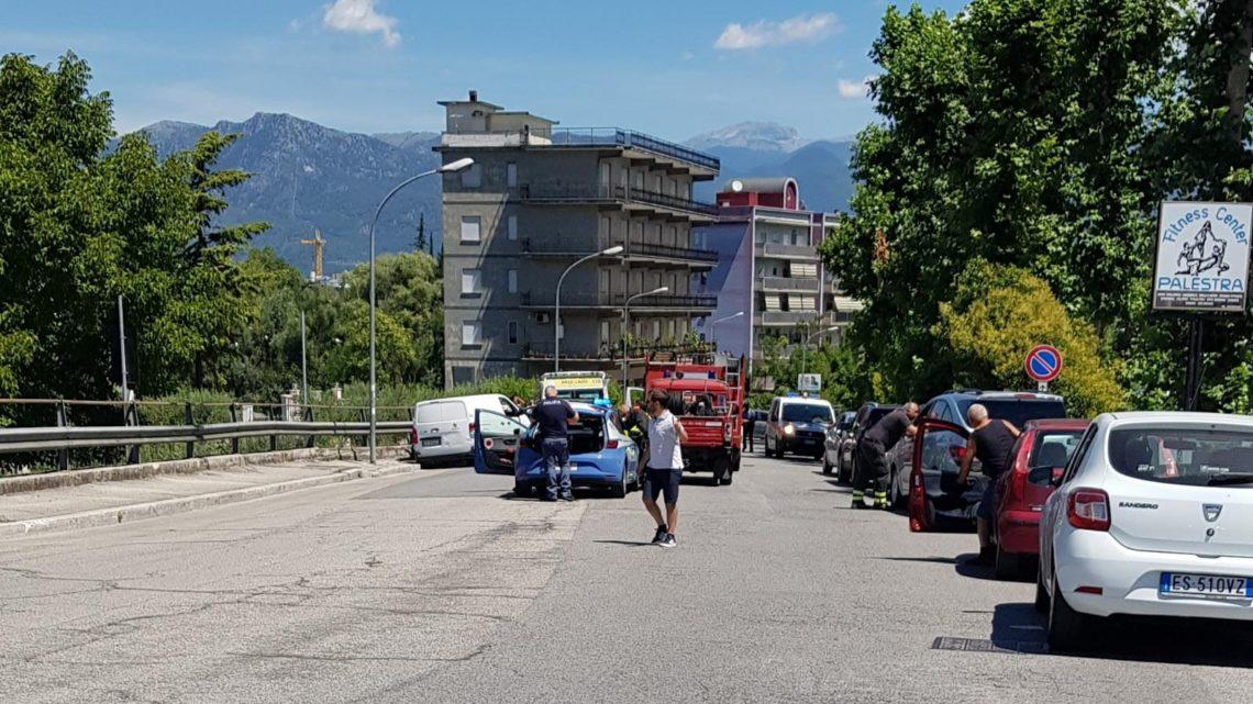 Cassino – Incidente stradale su viale Bonomi, soccorsi sul posto