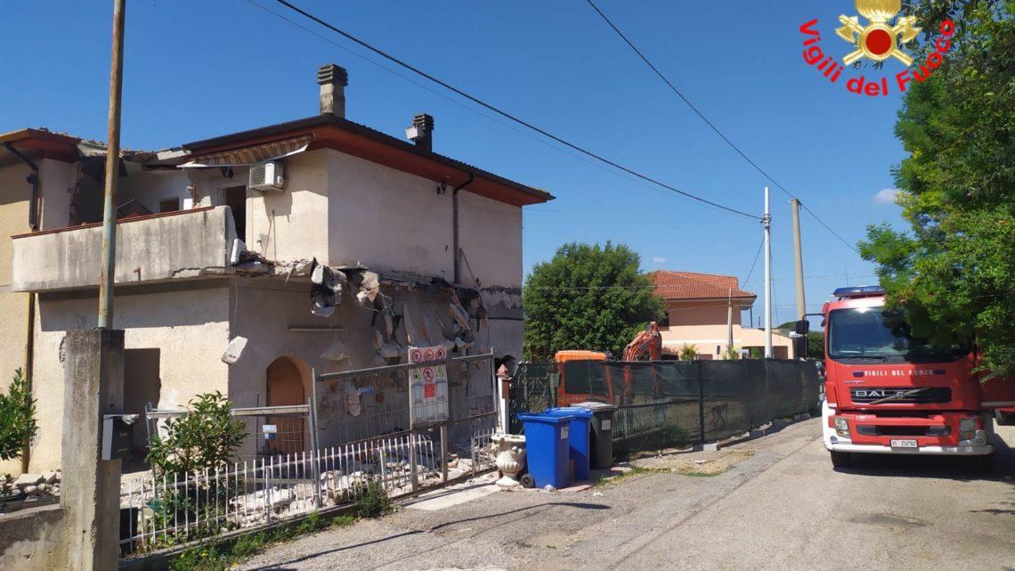 Tragedia del lavoro a Sonnino, si stacca balcone da cantiere di villa e muore operaio