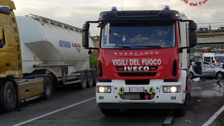 Incidente stradale mortale sulla variante tra Santa Maria Capua Vetere a Maddaloni