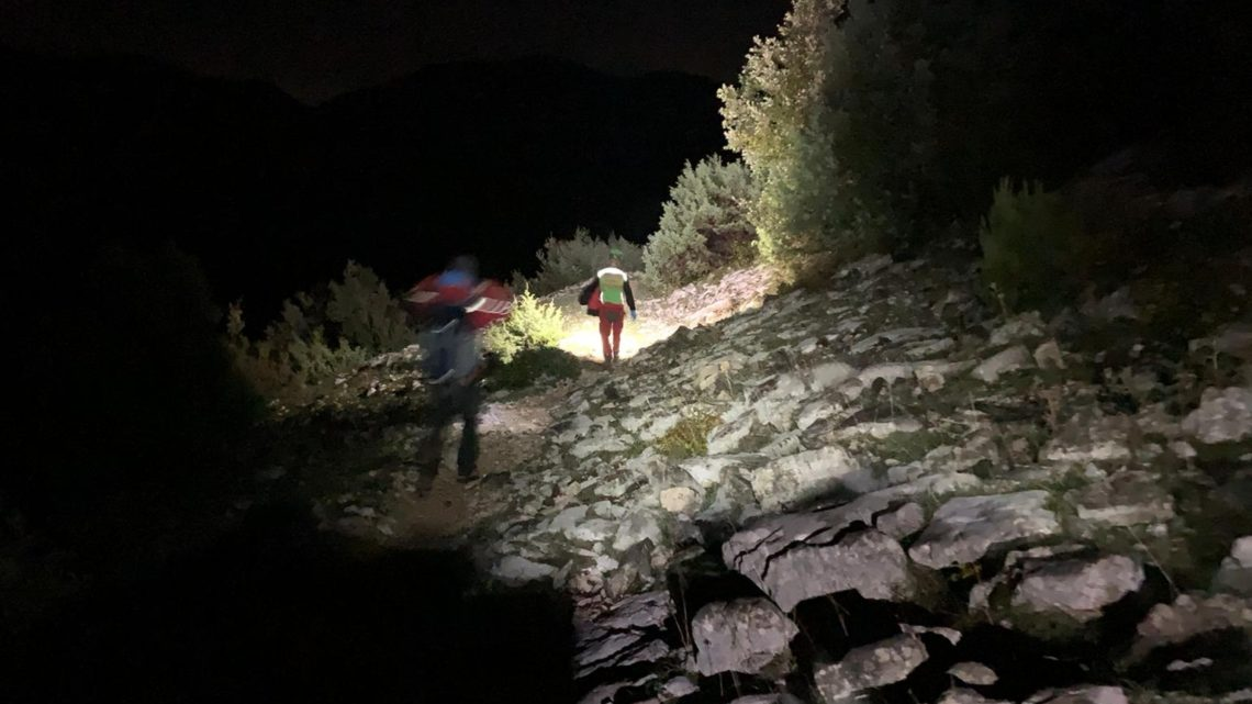 Monte Semprevisa –  Escursionista chiede aiuto tramite app, recuperato dal Soccorso Alpino