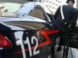 Uccide la madre e la vicina con una lancia a Trevignano Romano, 34enne scappa e causa incidenti