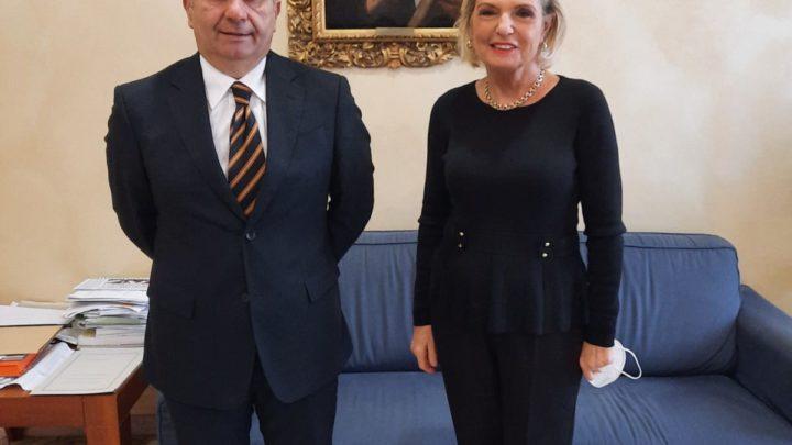 Gli auguri dell'ambasciatrice polacca Anna Maria Anders in visita a Cassino