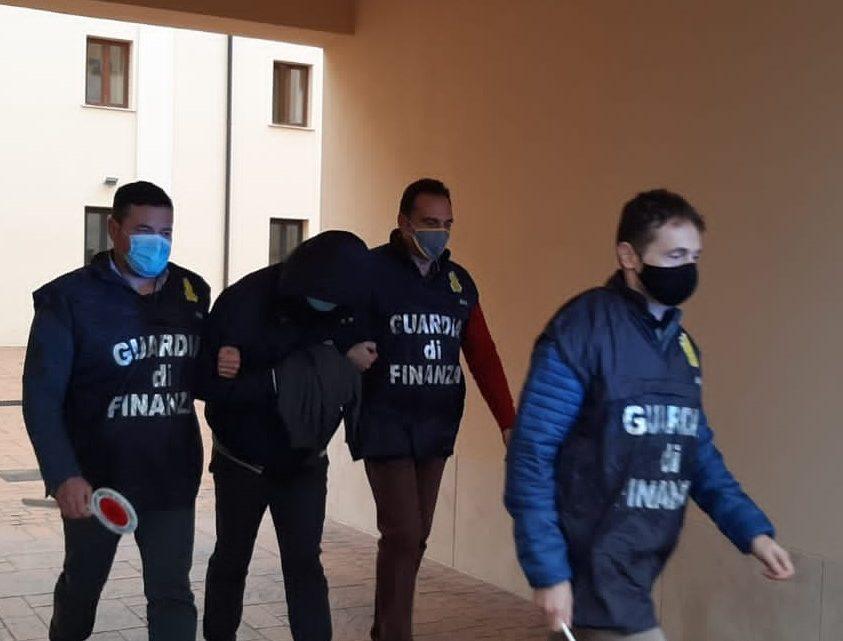 Frode fiscale per oltre 6 milioni di euro, arrestato imprenditore di Aprilia