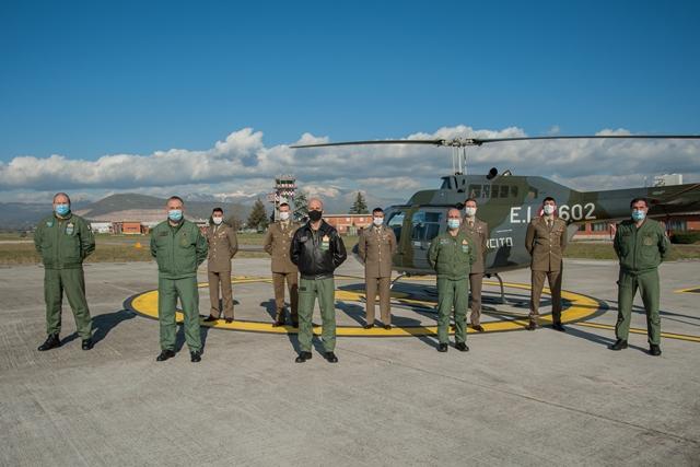 Frosinone – Undici piloti dell'Aviazione dell'Esercito (AVES) hanno conseguito il brevetto militare di pilota di elicottero