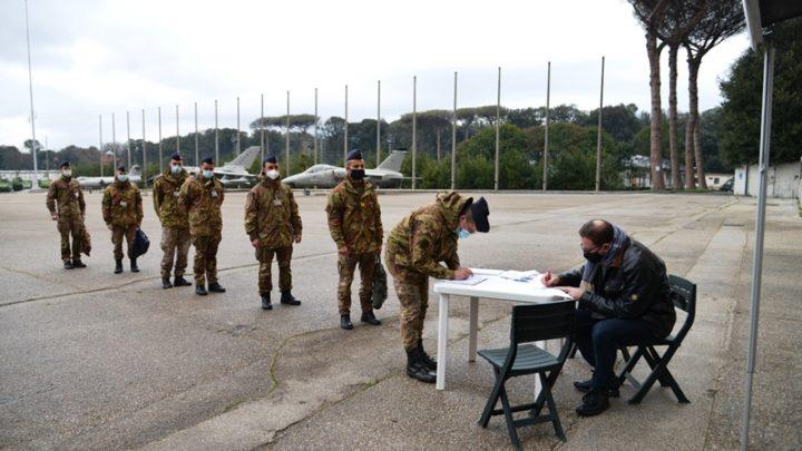 Giornata all'insegna della donazione di sangue presso la Scuola Specialisti dell'Aeronautica Militare di Caserta