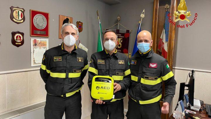 Un nuovo defibrillatore semiautomatico per i Vigili del Fuoco di Caserta