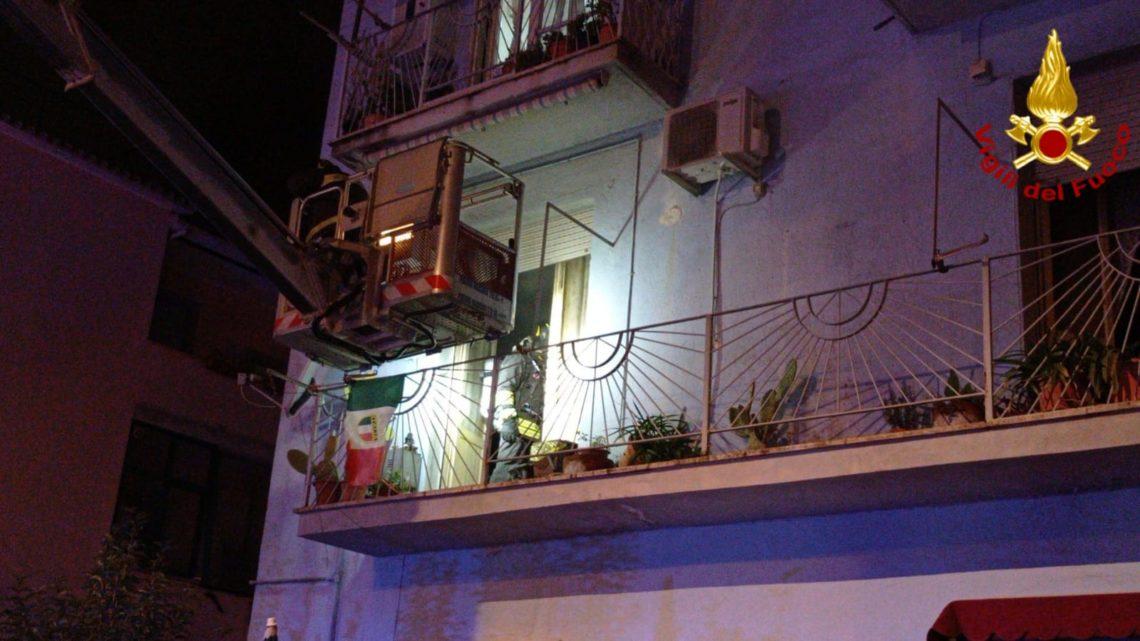 Latina: un morto e due intossicati in incendio appartamento