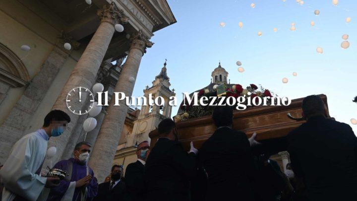In Piazza del Popolo a Roma, l'addio a Claudio Coccoluto, maestro tra i dj