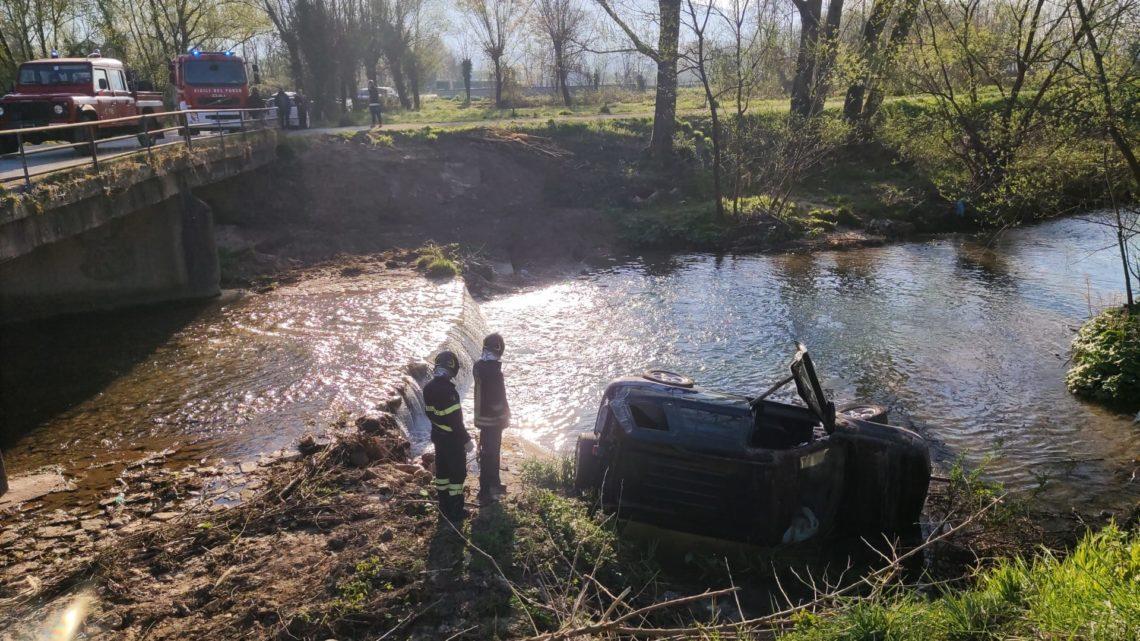 Auto nel Rapido dopo scontro, donna ferita a Cassino