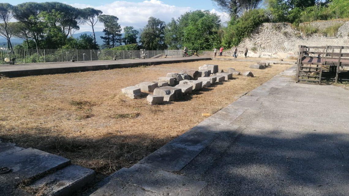 Cassino –  Teatro romano e anfiteatro ripuliuti dalle erbacce, le foto